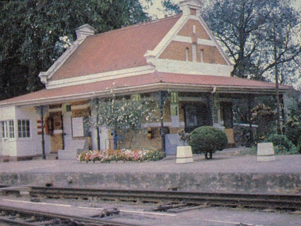Botha's Hill Railway Station